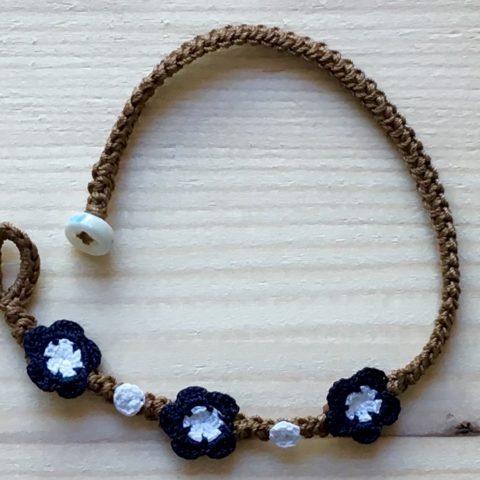Braunes Armband mit Blume Navy Blau