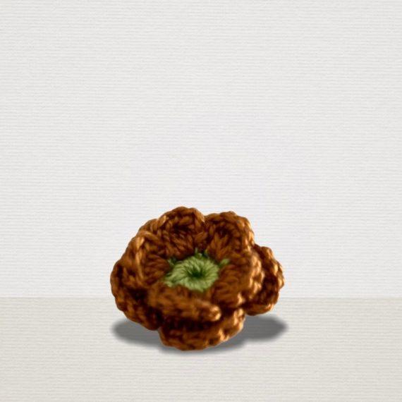 Kupfer Ansteckblume mit grüner Blüte